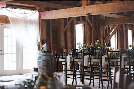 Top 5 Things to Consider When Choosing Your Barn Wedding Venue